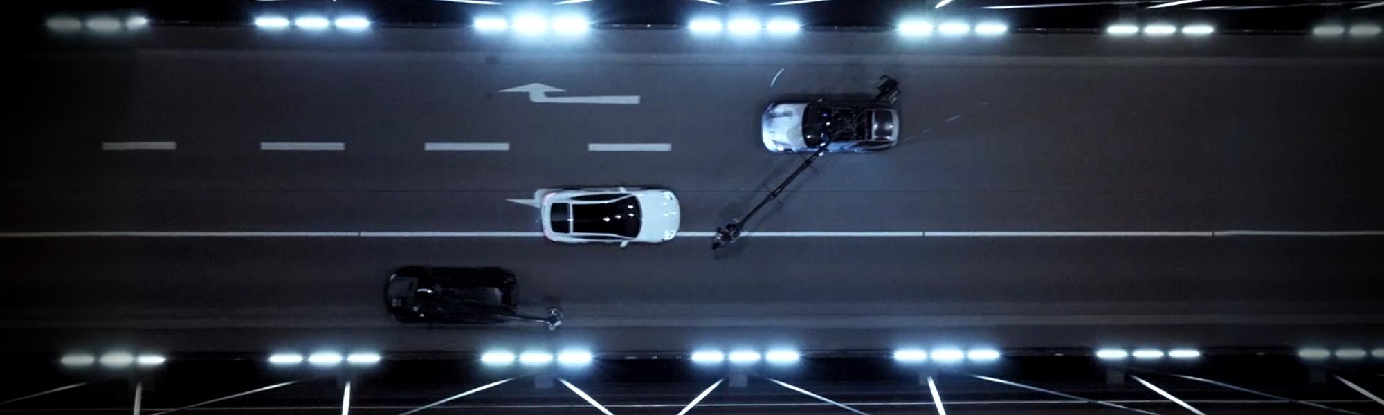Hide 'n' Seek: Porsche präsentiert das erste 3D-Mapping in Bewegung.